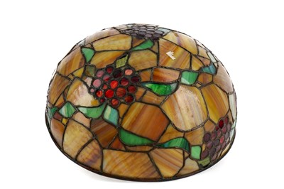 Lot 1705 - A LEADED GLASS LAMP SHADE