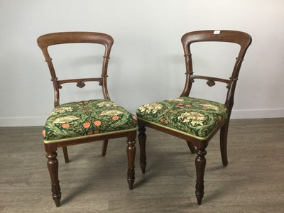 Lot 1686 - A SET OF EIGHT VICTORIAN MAHOGANY DINING CHAIRS