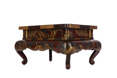 Lot 998 - A LATE 19TH CENTURY JAPANESE LACQUERED STAND