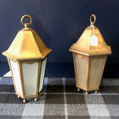Lot 28 - A PAIR OF EARLY 20TH CENTURY BRASS LACQUERED HANGING LANTERN SHADES