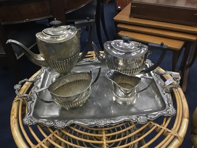 Lot 55 - AN EARLY 20TH CENTURY SILVER PLATED TEA SERVICE