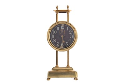 Lot 1138 - AN EARLY 20TH CENTURY GRAVITY CLOCK