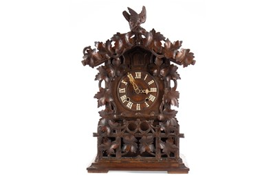 Lot 1133 - AN EARLY 20TH CENTURY SWISS CUCKOO CLOCK