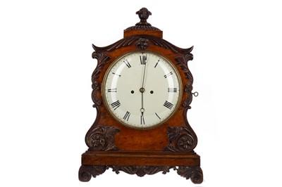 Lot 1105 - A REGENCY OAK AND WALNUT MANTEL CLOCK