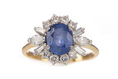 Lot 315 - A SAPPHIRE AND DIAMOND CLUSTER RING