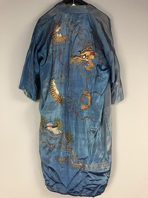 Lot 614 - A CHINESE SILK EMBROIDERED ROBE