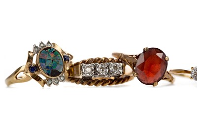 Lot 406 - A GROUP OF GEM SET RINGS