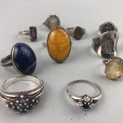 Lot 5 - A LOT OF VINTAGE SILVER RINGS
