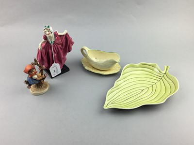 Lot 68 - A ROYAL DOULTON FIGURE OF 'DELIGHT' AND OTHER CERAMICS