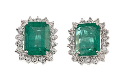 Lot 354 - A PAIR OF EMERALD AND DIAMOND EARRINGS