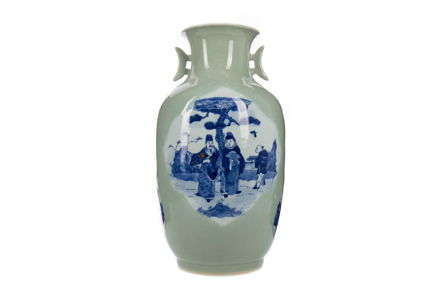 Lot 1604 - A 20TH CENTURY CHINESE CELADON VASE