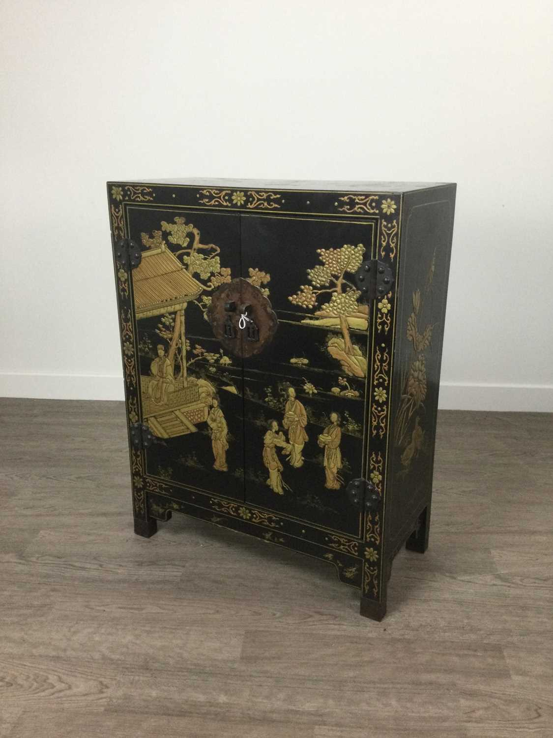 Lot 1608 - A 20TH CENTURY JAPANESE TWO DOOR CUPBOARD