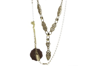 Lot 405 - A BRITISH HERITAGE COLLECTION GOLD NECKLACE