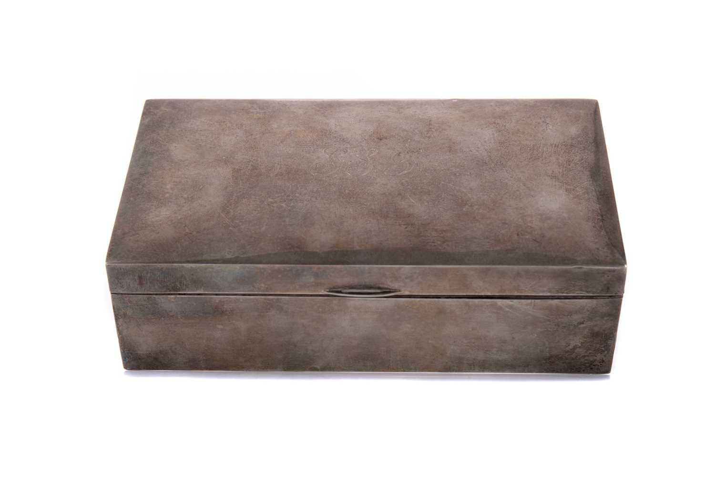 Lot 405 - A GEORGE V SILVER CIGARETTE BOX