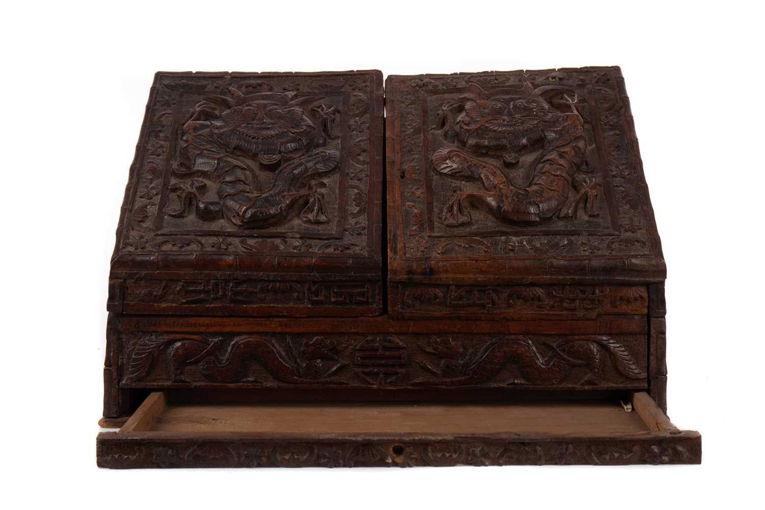 Lot 1607 - AN EARLY 20TH CENTURY CHINESE CARVED WOOD STATIONARY BOX