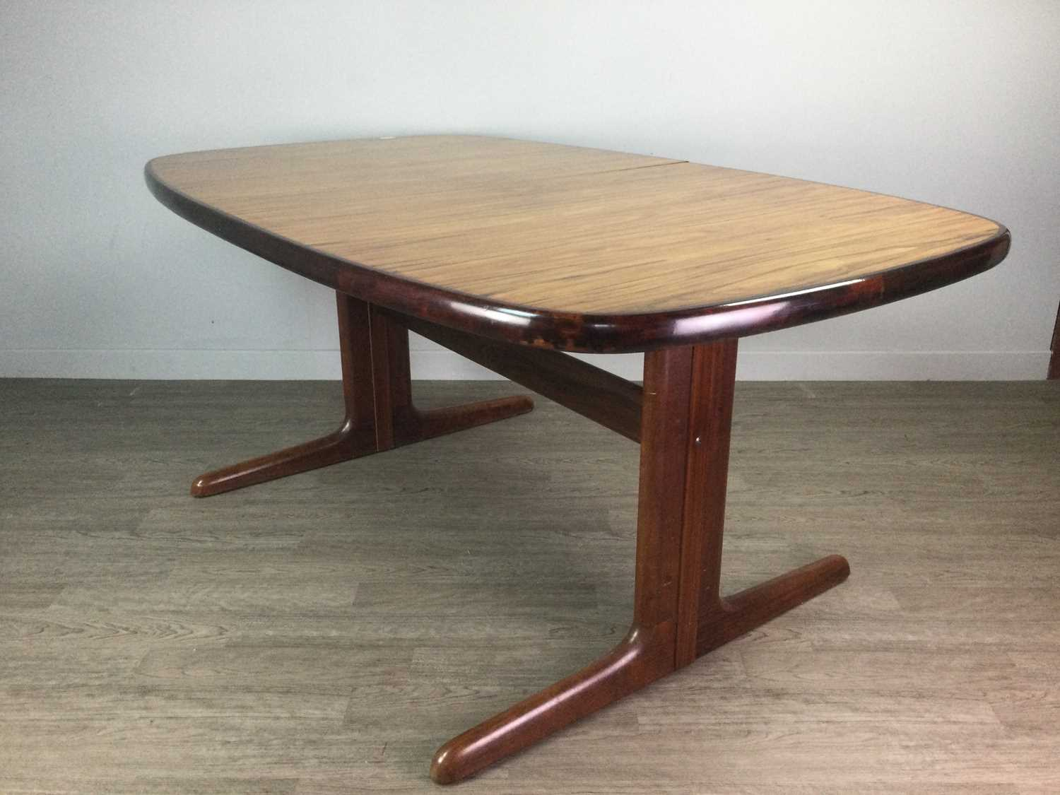 Lot 1327 - A MID-CENTURY DANISH DINING TABLE AND SIDEBOARD BY SKOVBY