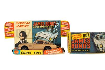 Lot 1333 - A CORGI TOYS JAMES BOND ASTON MARTIN D.B.5