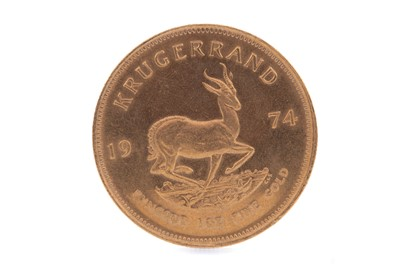 Lot 61 - A GOLD KRUGERRAND DATED 1974
