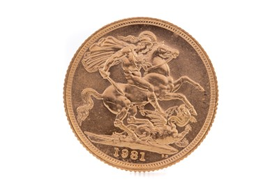 Lot 81 - AN ELIZABETH II GOLD SOVEREIGN DATED 1981