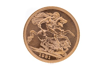 Lot 83 - AN ELIZABETH II GOLD SOVEREIGN DATED 1981