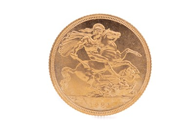 Lot 85 - AN ELIZABETH II GOLD SOVEREIGN DATED 1981