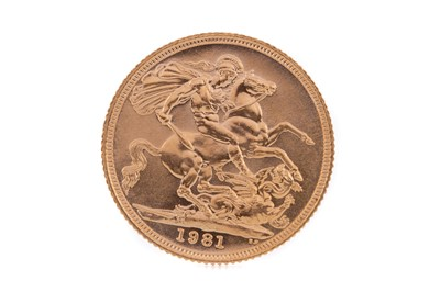 Lot 90 - AN ELIZABETH II GOLD SOVEREIGN DATED 1981