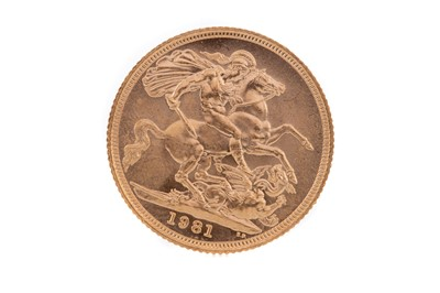 Lot 94 - AN ELIZABETH II GOLD SOVEREIGN DATED 1981