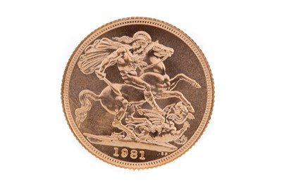 Lot 101 - AN ELIZABETH II GOLD SOVEREIGN DATED 1981