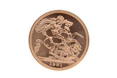 Lot 102 - AN ELIZABETH II GOLD SOVEREIGN DATED 1981