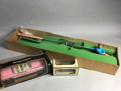 Lot 18 - AN ARNOLD PALMER'S PRO SHOT GOLF AND BOXED MODEL VEHICLES