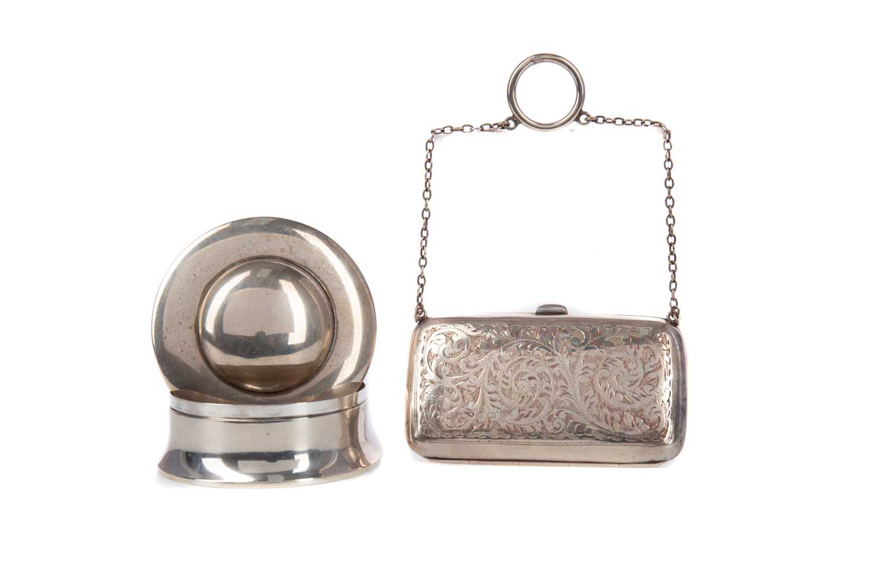 Lot 431 - AN EDWARDIAN SILVER DRESSING TABLE JAR ALONG WITH AN EVENING PURSE