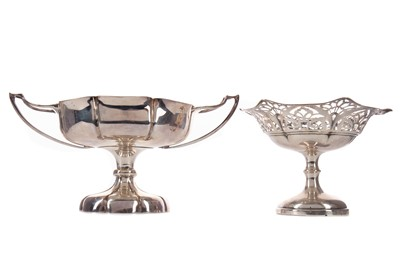 Lot 433 - AN EDWARDIAN SILVER BONBON DISH AND ANOTHER