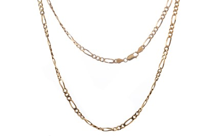 Lot 835 - A GOLD FIGARO CHAIN