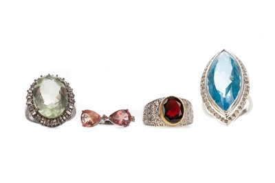 Lot 1498 - A COLLECTION OF GEM SET AND DIAMOND RINGS