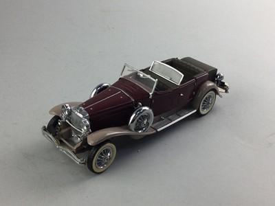 Lot 23 - A FRANKLIN MINT PRECISION MODEL VEHICLE 1930 DEUSENBERG J DERHAM TOURSET