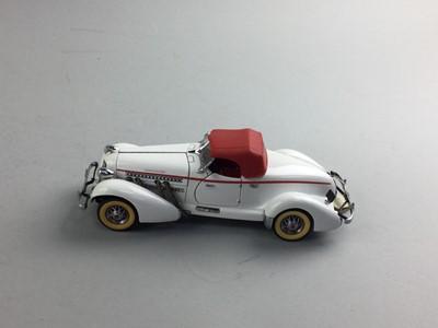 Lot 24 - A FRANKLIN MINT PRECISION MODEL 1935 AUBURN 851 SPEEDSTER