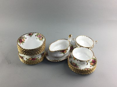 Lot 12 - A ROYAL ALBERT OLD COUNTRY ROSES PATTERN PART TEA SERVICE