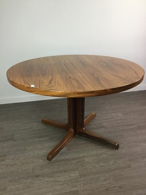 Lot 97 - A MID CENTURY DINING SUITE