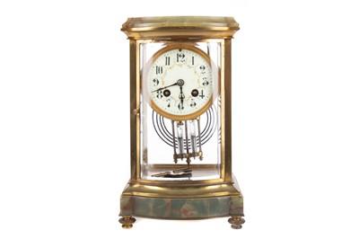 Lot 1183 - AN EARLY 20TH CENTURY MANTEL CLOCK