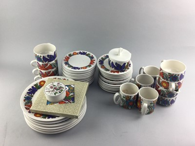 Lot 60 - A COLLECTION OF VILLEROY & BOCH DINNER AND TEA WARE