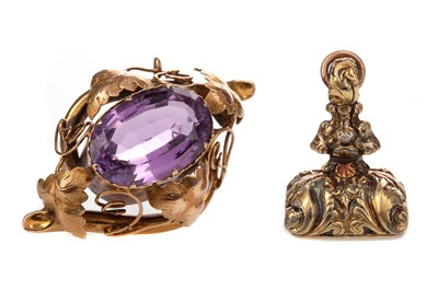 Lot 307 - AN AMETHYST BROOCH, PLATED FOB AND PAIR OF EARRINGS