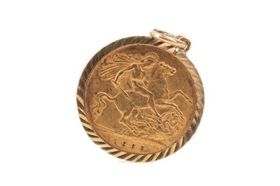 Lot 5 - A GOLD HALF SOVEREIGN DATED 1909