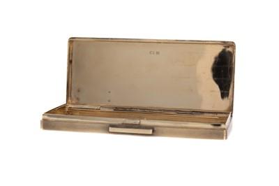 Lot 454 - AN ELIZABETH II SILVER GILT CIGARETTE CASE BY DUNHILL