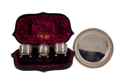 Lot 458 - A VICTORIAN SILVER MUFFINEER SET, ALONG WITH A PIN DISH