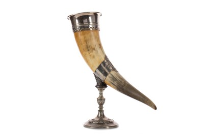 Lot 470 - A LATE 19TH CENTURY SILVER PLATE MOUNTED HORN CENTREPIECE