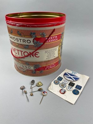 Lot 31 - A COLLECTION OF ENAMELLED FOOTBALL PINS AND BADGES