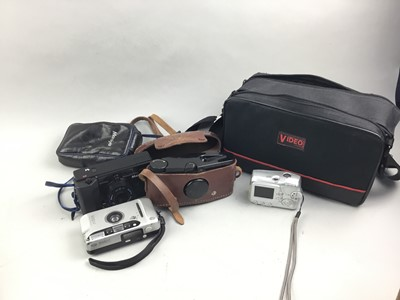 Lot 46 - A LOT OF CAMERAS, VIDEO CAMERAS, LENSES AND ACCESSORIES