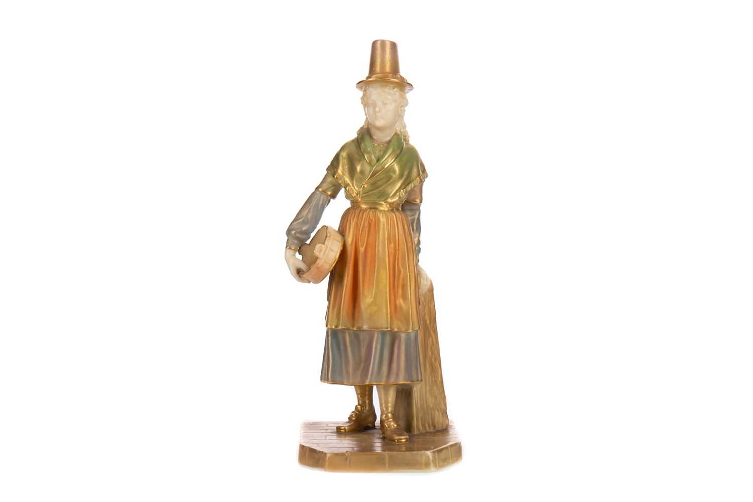 Lot 1085 - A ROYAL WORCESTER FIGURE OF A WELSH GIRL