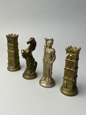 Lot 25 - AN ITALIAN FIGURAL CHESS PIECES