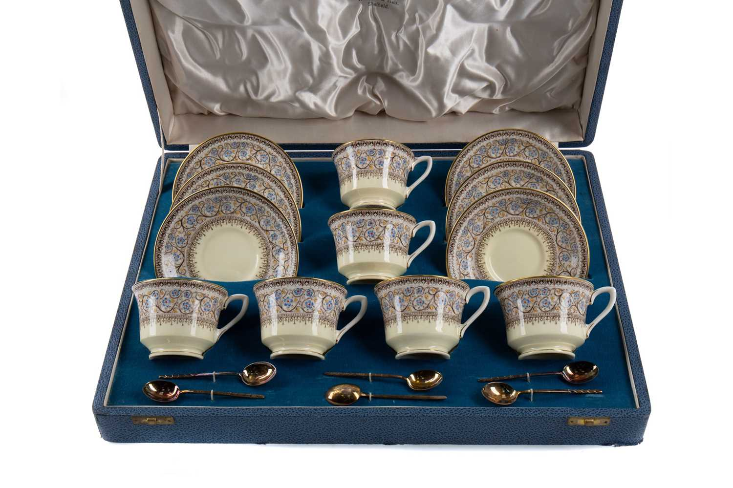 Lot 1051 - A CASED ROYAL WORCESTER 'LADY EVELYN' PATTERN COFFEE SET